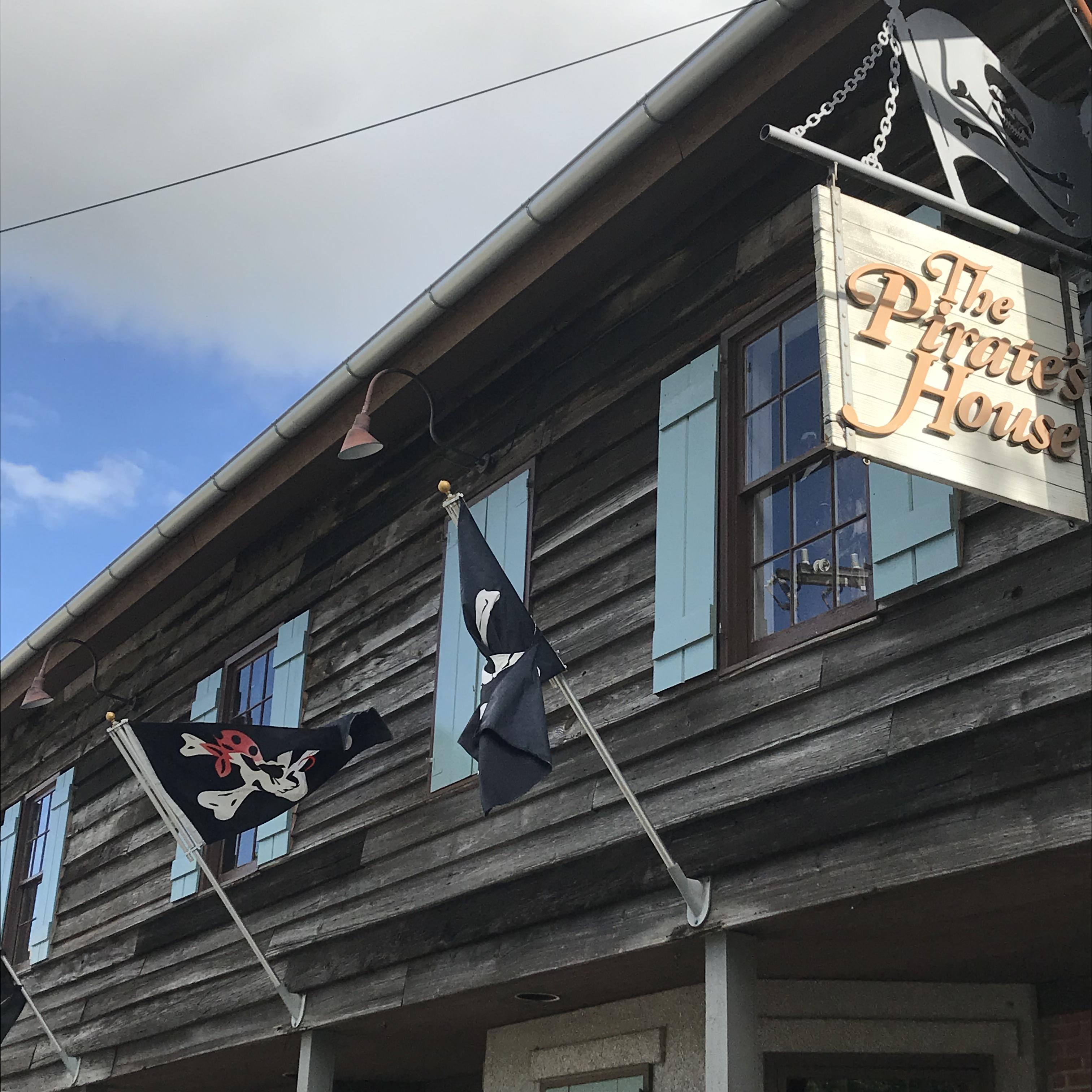 Long Weekend in Savannah: Pirates House